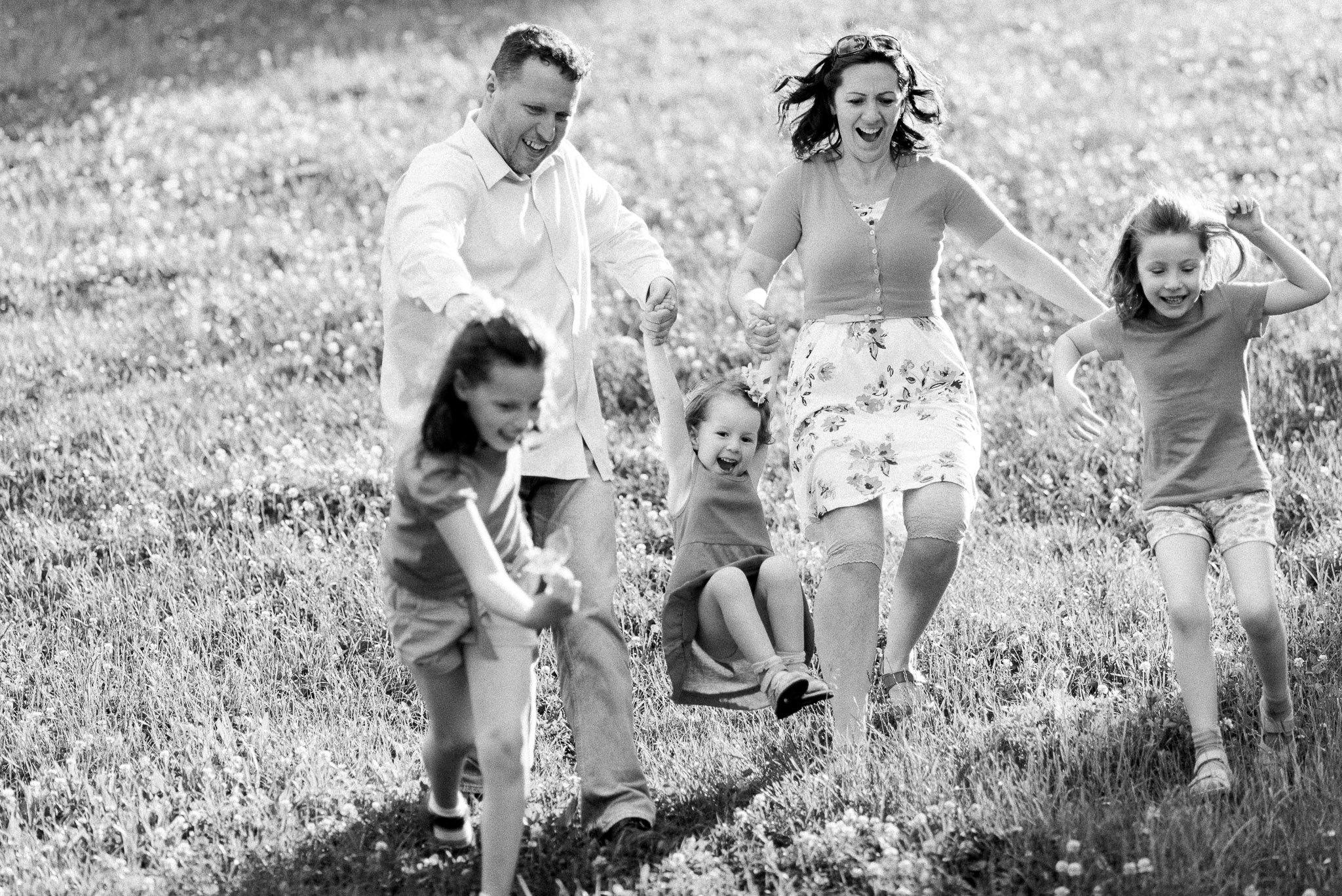 family photography engagement wedding photography sweden hungary international photographer